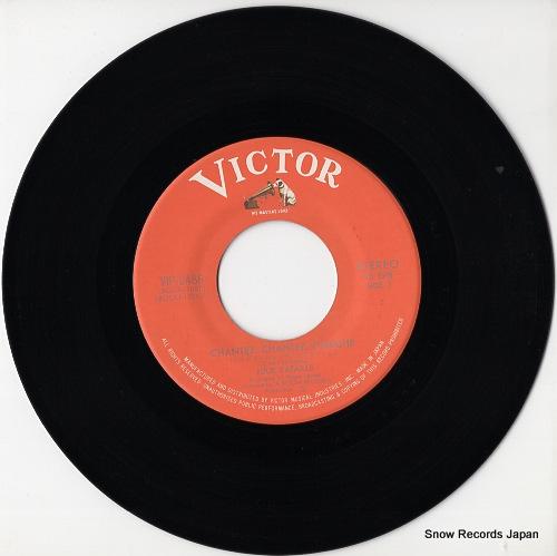 BATAILLE, JULIE chantez, chantez, pinkish!! VIP-2486 - disc