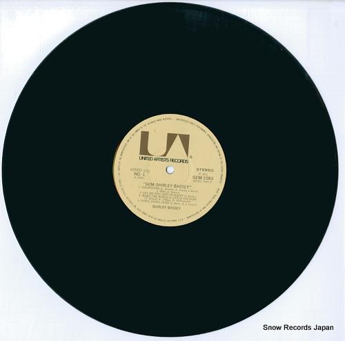 BASSEY, SHIRLEY gem/shirley bassey live in japan GEM1083/4 - disc