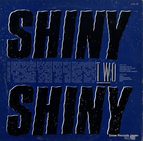 SHINY TWO SHINY halfway across the rainbow RFM16 - back cover