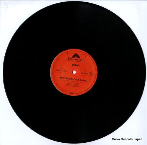 MEMO everybody loves a hero / samba samba 883765-1 - disc