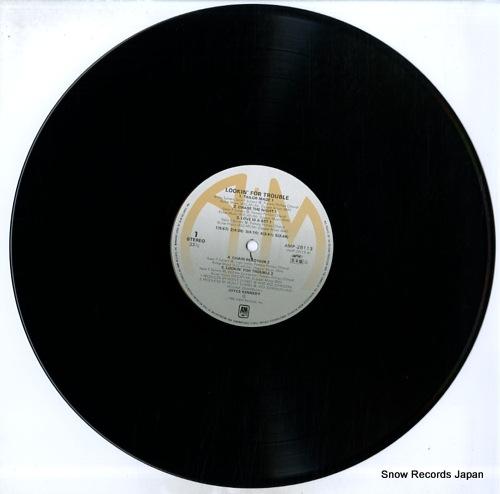KENNEDY, JOYCE lookin' for trouble AMP-28113 - disc