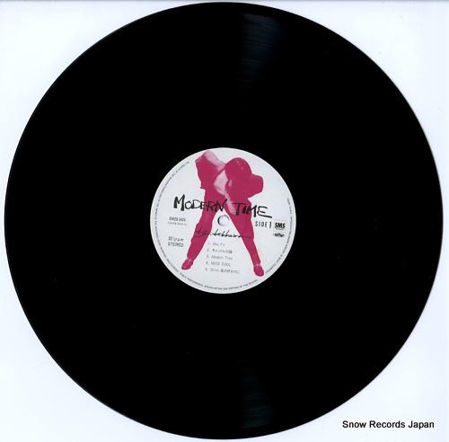 KIKKAWA, KOJI modern time SM28-5424 - disc