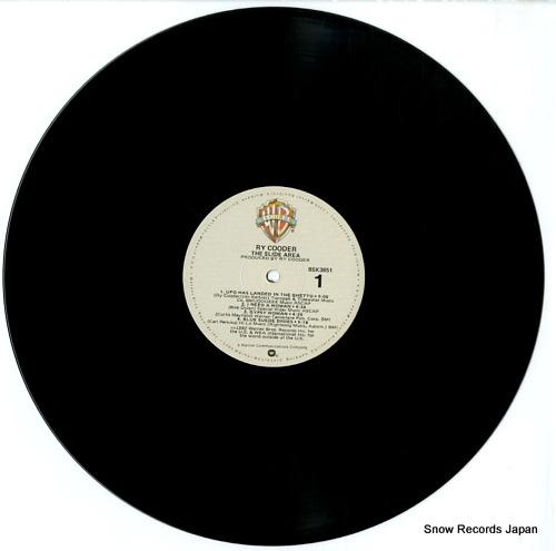 COODER, RY the slide area BSK3651 - disc