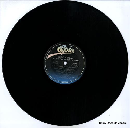 SKAGGS, RICKY waitin' for the sun to shine FE37193 - disc