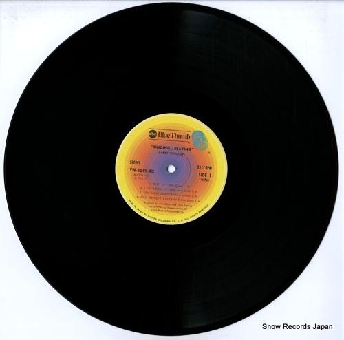 CARLTON, LARRY singing/playing YW-8049-AU - disc