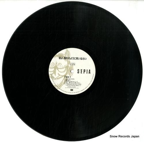 ISSEIFUBI SEPIA machi yo kuzureru youni warai nasai 28BLC-3009 - disc