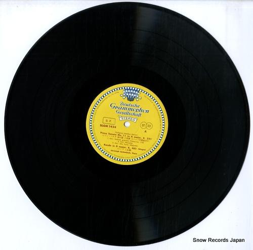 ESCHENBACH, CHRISTOPH mozart; sonatas k.330, k.331 SLGM-1424 - disc