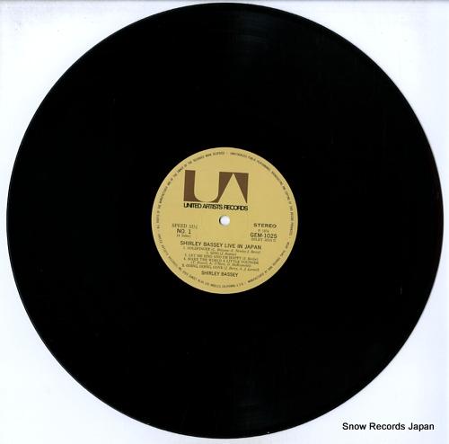 BASSEY, SHIRLEY live in japan GEM1025/26 - disc
